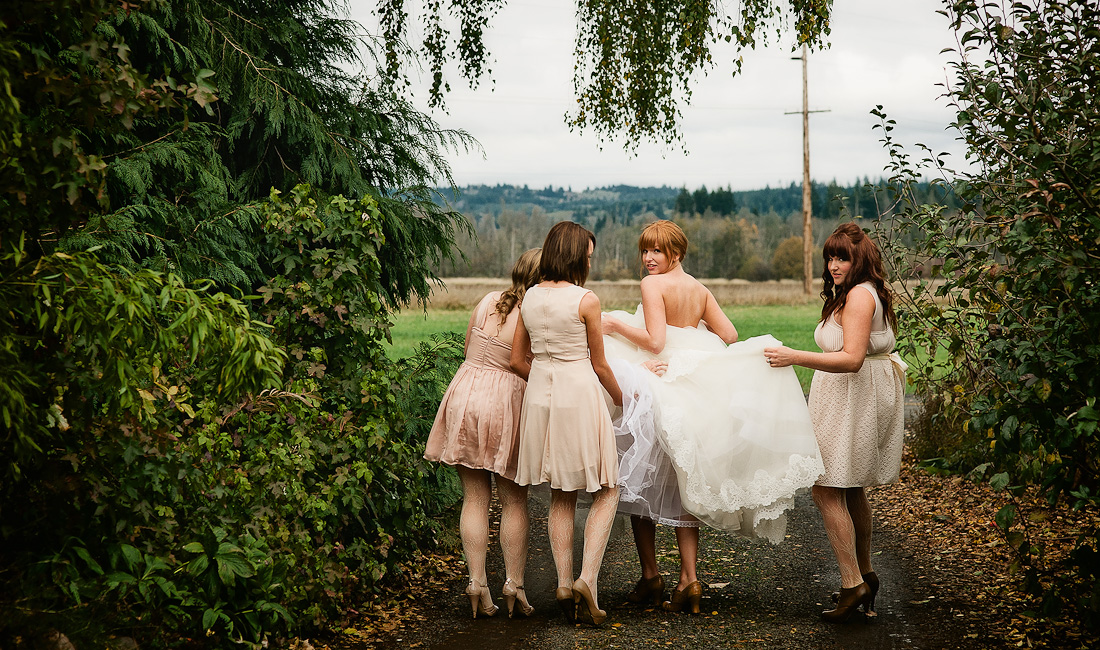 bride with bridesmaids photos